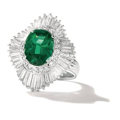 PLT Costa Smeralda Emeralds™ 3  1/6 cts. Ring with Vanilla Diamonds® 2 cts. | CONG 128