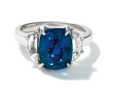 PLT Blueberry Sapphire™ 6 cts. Ring with Vanilla Diamonds® 1 cts. | CONG 68