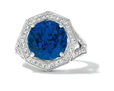 P95 Vanilla Gold® Blueberry Tanzanite® 7 cts. Ring with Vanilla Diamonds® 5/8 cts., Chocolate Diamonds® 3/8 cts. | TIMK 2384
