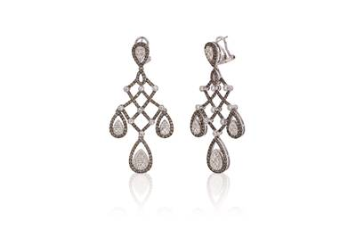 18K Vanilla Gold® Earrings with Vanilla Diamonds® 2  1/3 cts., Chocolate Diamonds® 2  7/8 cts. | VIMK 606