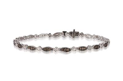 14K Vanilla Gold® Bracelet with Chocolate Diamonds® 1/2 cts., Vanilla Diamonds® 1/8 cts. | YPUF 131